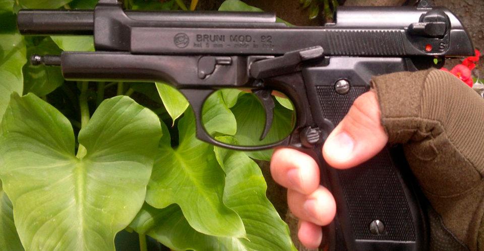 pistola-fogueo-bruni-mod-92simil-beretta-92-9mm-nueva